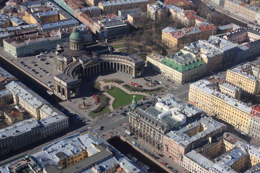 Картинки по запросу соборы и площади Петербурга вид сверху